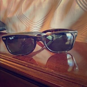 Tortoise Ray-Ban sunglasses *authentic with case*